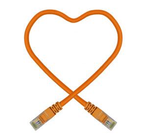 Orange datakabel
